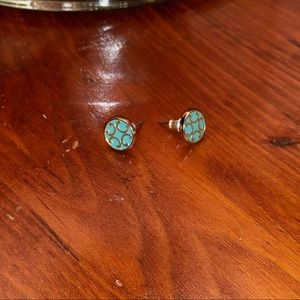 FRANCESCA'S COLLECTION|TEAL AND GOLD COLORED STUDS